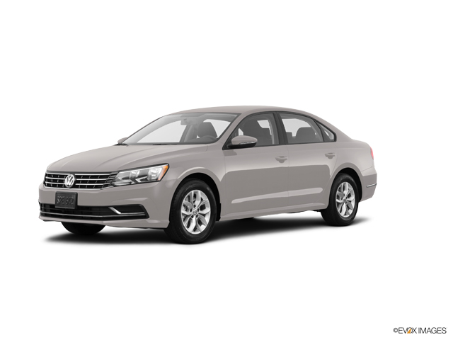 Photo of 2018 Volkswagen Passat Glenview Illinois