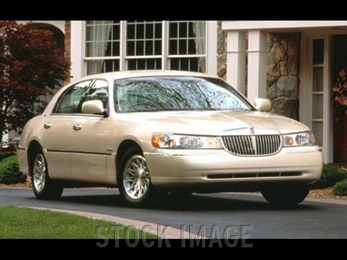 Photo of 1998 Lincoln Town Car