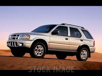 Photo of 2004 Isuzu Rodeo